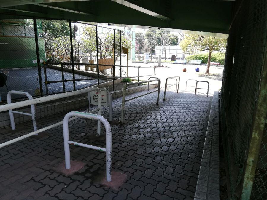 宮本台緑地 高架下