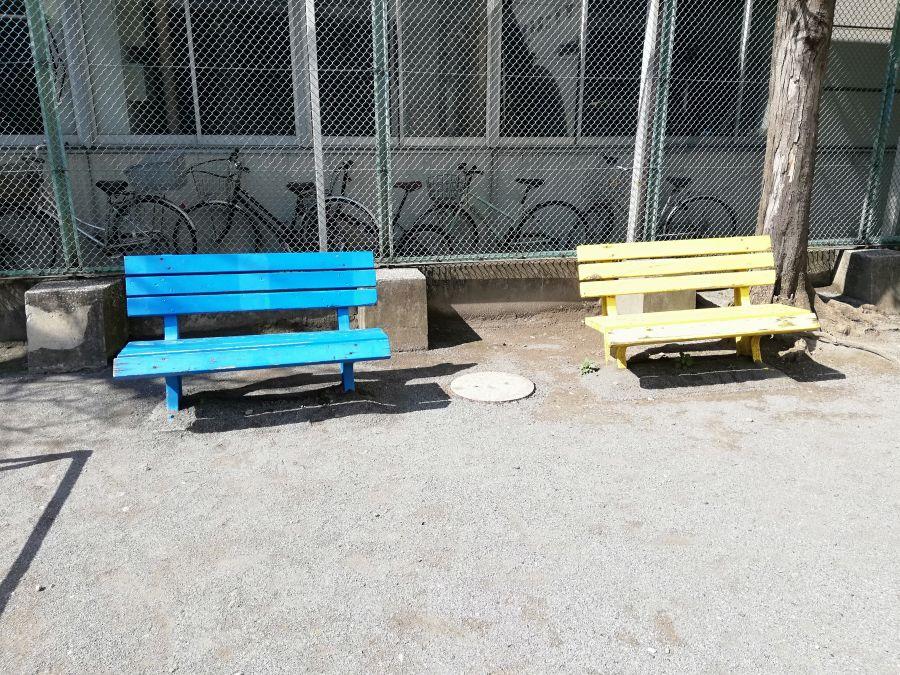 東三児童公園 ベンチ