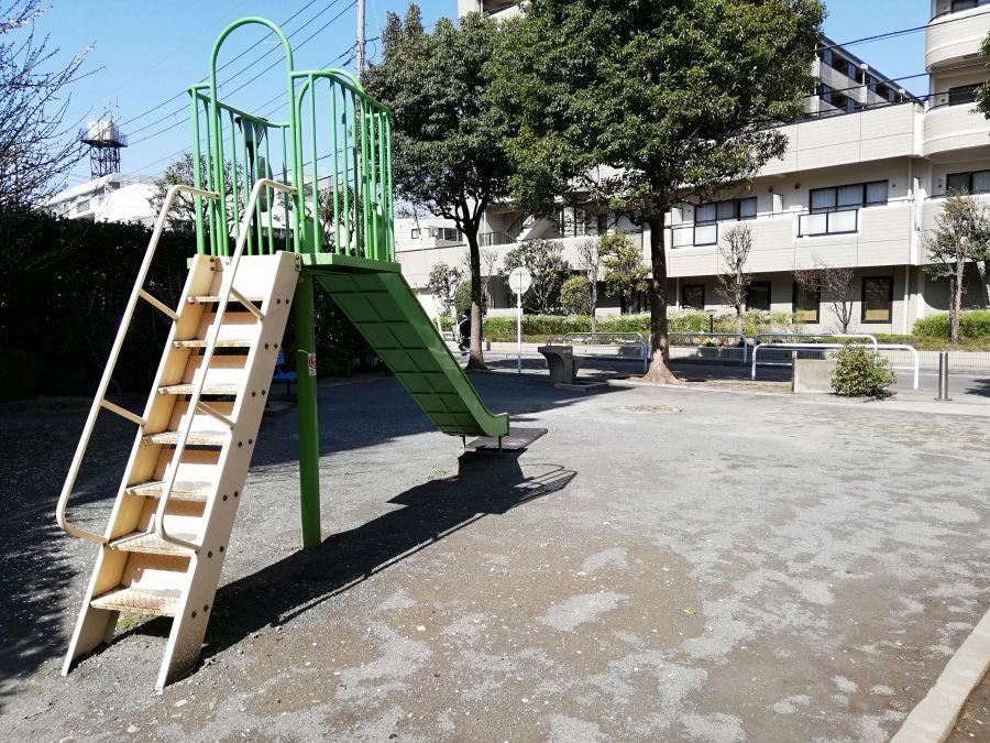 東三はなみずき児童公園 全景