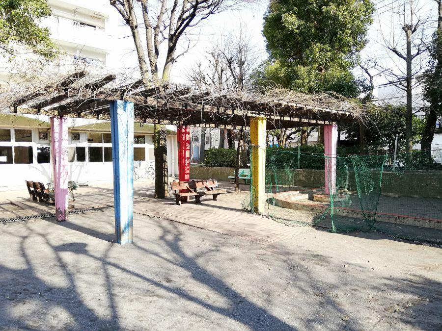 南光公園 ベンチ