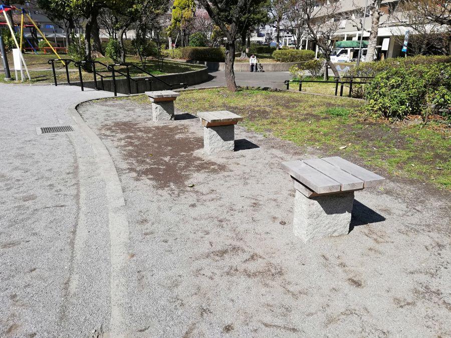南六郷公園 ベンチ