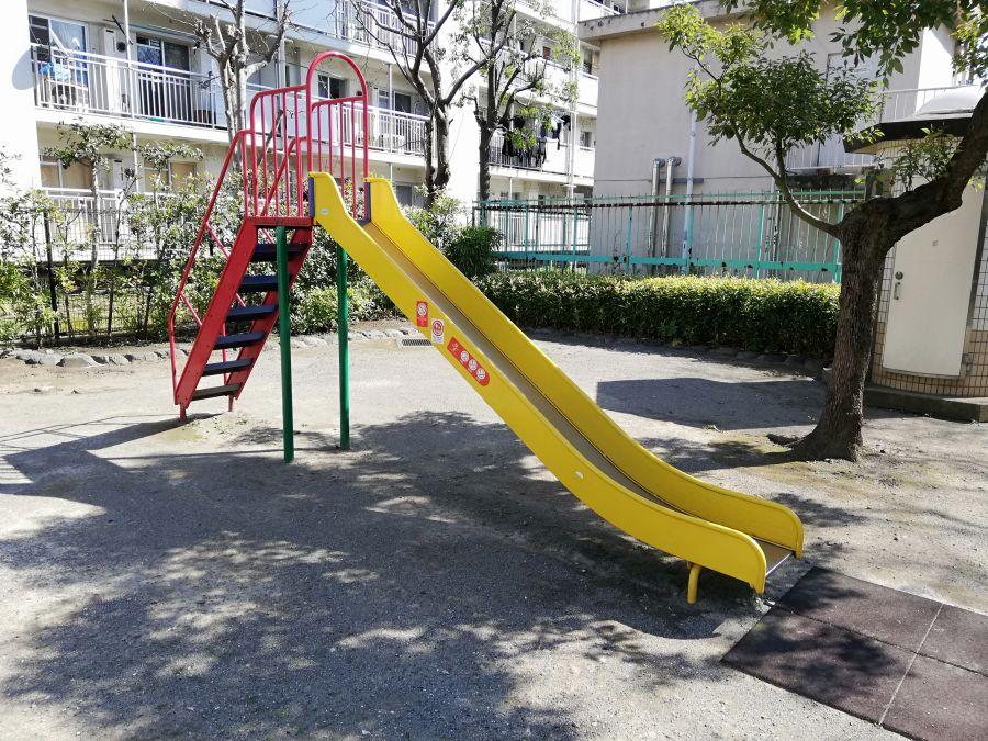 本羽田二丁目児童公園 遊具