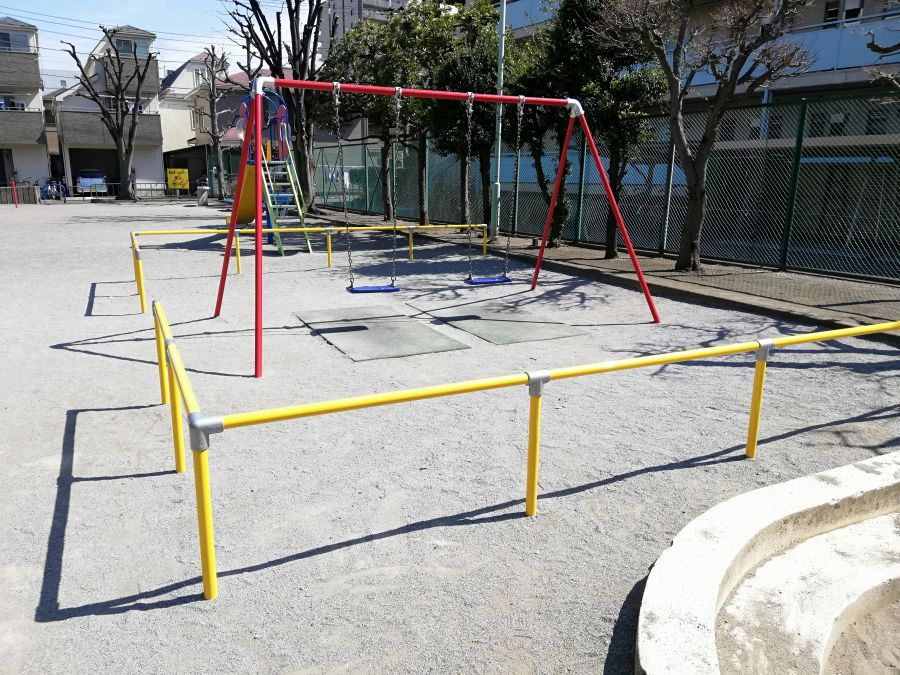 本羽田本町公園 遊具