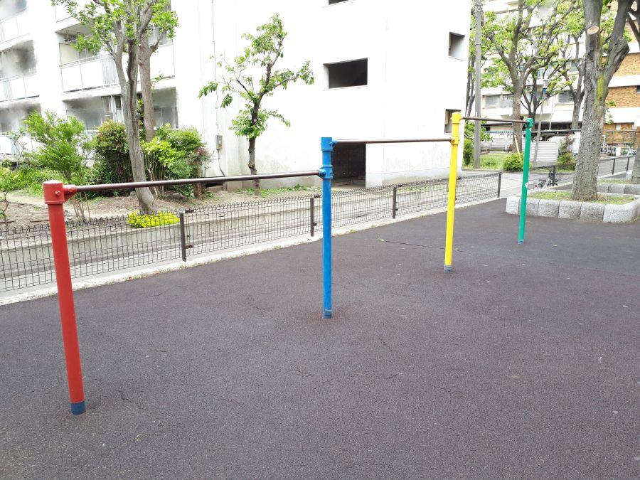 都営東糀谷六丁目アパート児童公園 遊具