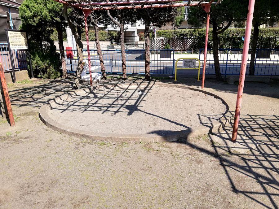 元羽田児童公園 遊具