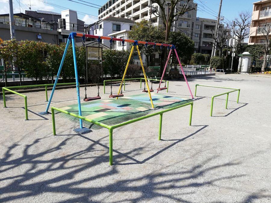 本羽田一丁目公園 遊具