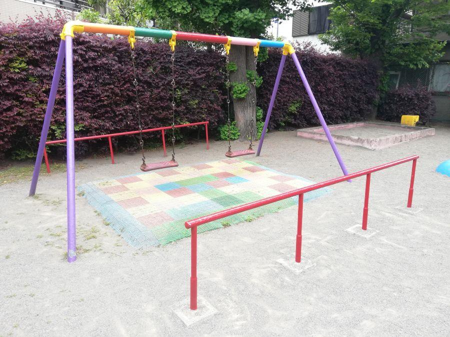 西糀谷一丁目児童公園 ブランコ
