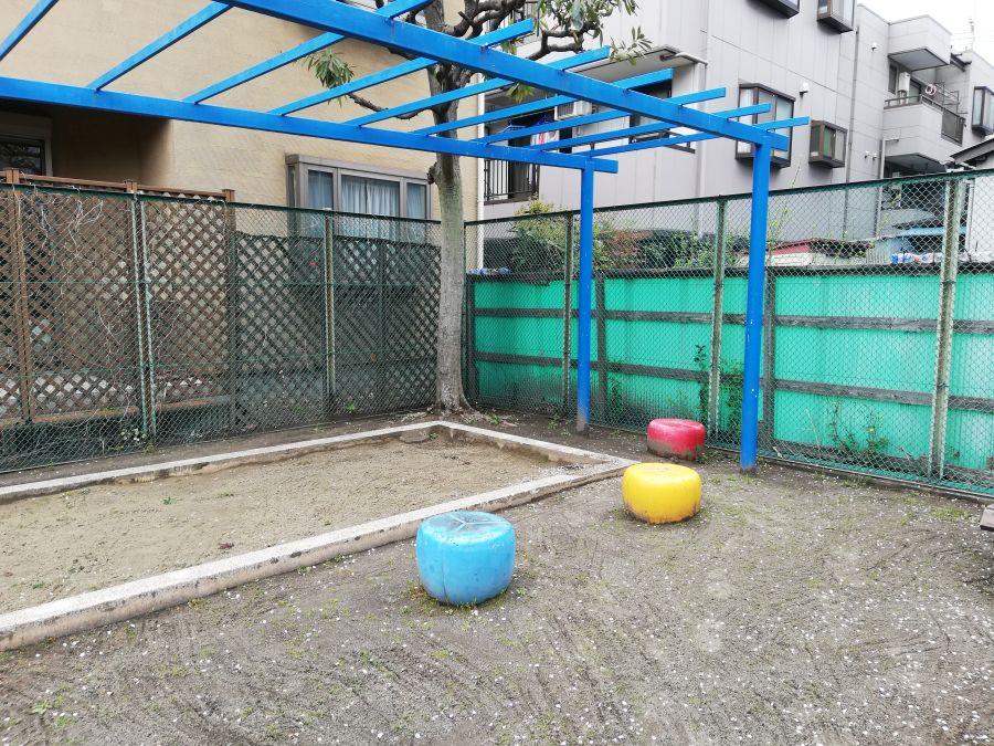 前河原児童公園 ベンチ