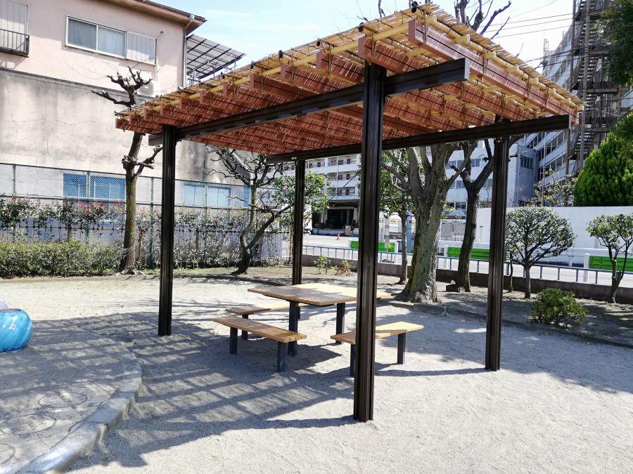 本羽田一丁目公園 ベンチ