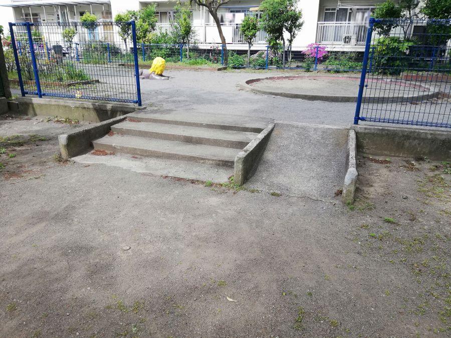 西糀谷二丁目北児童公園