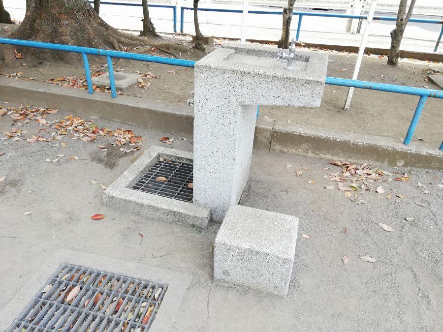 羽田五丁目児童公園 水道